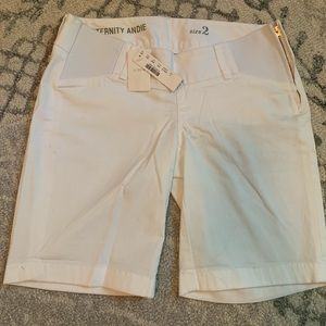 8740682cf1dd3 JCrew Maternity Andie Shorts in White - Size 2. NWT